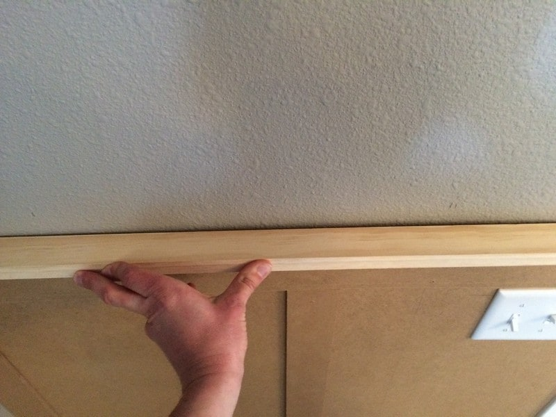 06-diy-board-and-batten